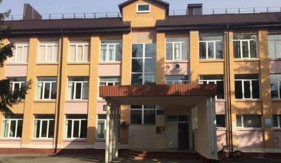 foto-infrakrasnoe-otoplenie-shkoly-gorod-mlinov